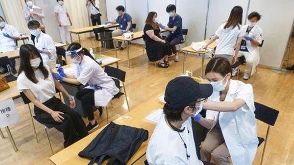 일본 코로나19 백신 3차 접종 방침 확정‥이르면 12월 시작